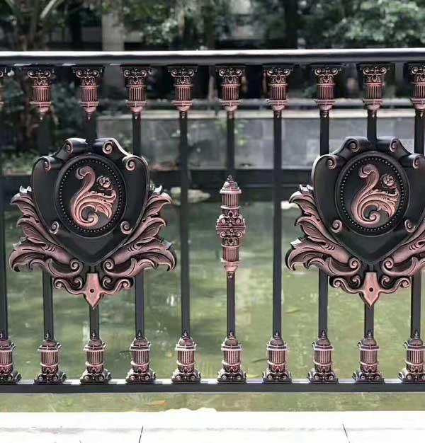 青海中式铁艺护栏产品